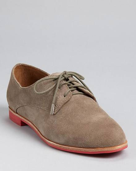 To get Ellen DeGeneres' preppy menswear look, try the DV Dolce Vita oxfords in clay from Bloomingdales.com for $79. (Courtesy Bloomingdales.com via Los Angeles Times/MCT)