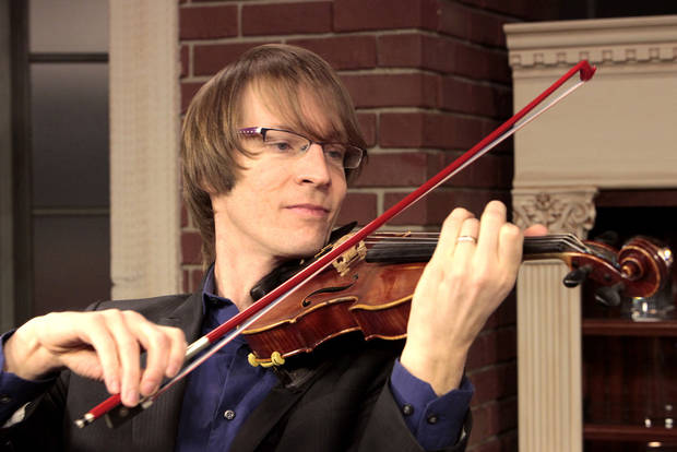 Musician Kyle Dillingham is shown in the Opubco Studio.  <strong>David McDaniel - The Oklahoman</strong>