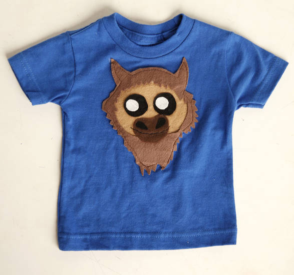 Kid's blue Rumble T-shirt sold at DNA Galleries. Photo by Doug Hoke, The Oklahoman <strong>DOUG HOKE</strong>