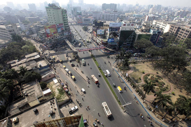 A general view of Farmgate, one of the capital�s busiest area, during a nationwide strike called by Bangladesh's largest Islamic party, Jamaat-e-Islami, in Dhaka, Bangladesh, Sunday, March 3, 2013. Authorities deployed soldiers in a northern Bangladeshi district on Sunday after Islamic party activists clashed with police, leaving five people dead during a nationwide general strike called to denounce war crimes trials. (AP Photo/A.M. Ahad)
