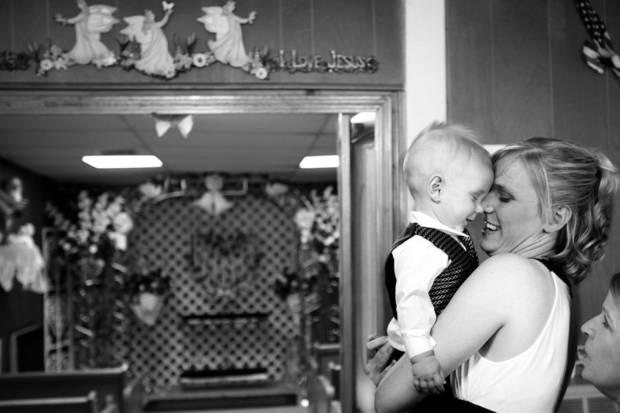 Bride Amber Helman kisses her 9-month-old son, Alexander, at Lavern's Wedding Chapel in Miami, Okla. Friday, July 2, 2010.  Photo by Miranda Grubbs, The Oklahoman ORG XMIT: KOD