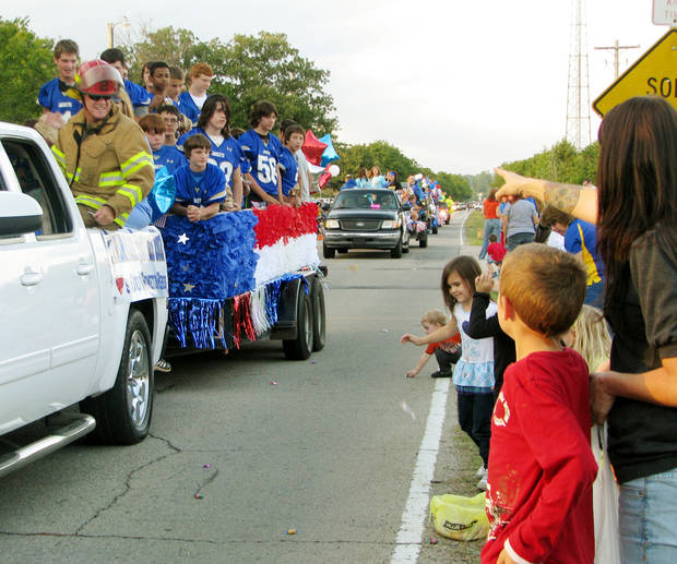 Choctaw-Nicoma Park students were the stars of the Choctaw High School homecoming parade Thursday. Clubs from the high school decked out floats, and elementary school students also participated, dressing up and throwing candy to paradegoers. PHOTOS BY VALLERY BROWN, THE OKLAHOMAN