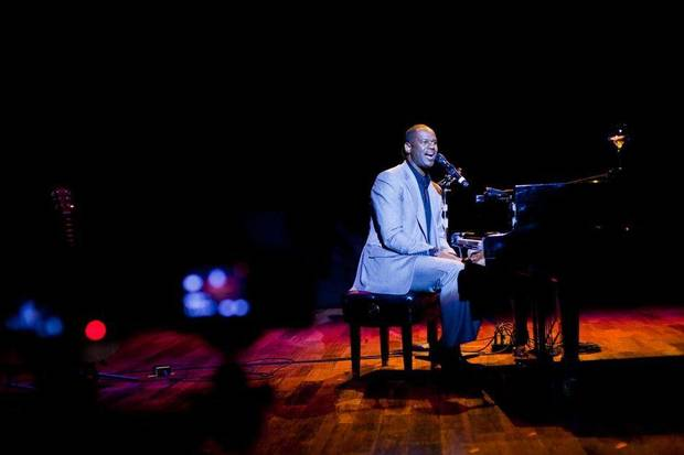 Brian McKnight will perform at the Langston University President's Scholarship gala in October. <strong>Photographer: KEV!NOU - www.bmcknight.com</strong>