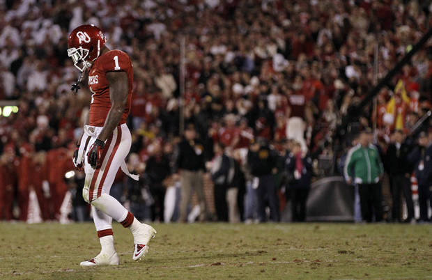 OU's Tony Jefferson (1) walks off the field after a Notre Dame touchdown during the college football game between the University of Oklahoma Sooners (OU) and the Notre Dame Fighting Irish at the Gaylord Family-Oklahoma Memorial Stadium on Saturday, Oct. 27, 2012, in Norman, Okla. Photo by Chris Landsberger, The Oklahoman