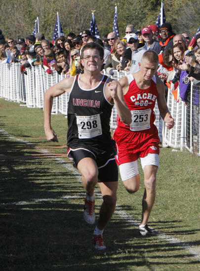 Lincoln Christian's Jordan Masterson runs toward the finish line to take third place during the Boy's 4A State Cross Country Finals at Edmond Santa Fe High School in Edmond, OK, Saturday, October 27, 2012,  By Paul Hellstern, The Oklahoman