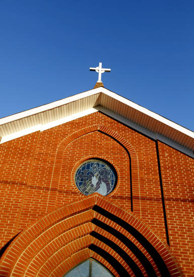 Episcopal Church of the Redeemer, 2100 Martin Luther King Ave., is pictured in Oklahoma City, Okla., Monday, Jan. 11, 2010. Photo by Sarah Phipps, The Oklahoman