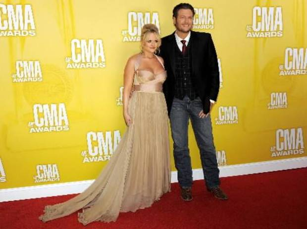 Lambert and Shelton arrive at the CMA Awards.