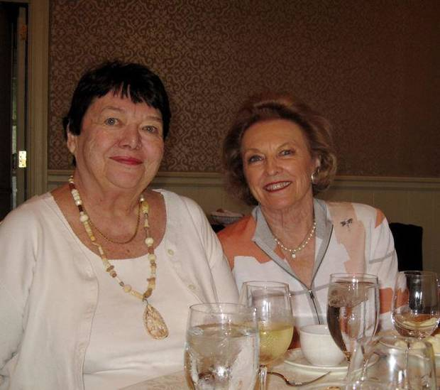 Teri Beals and Betty Ann Furset enjoy the luncheon. (Photo by Helen Ford Wallace).