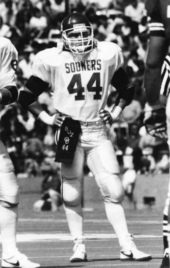 Former OU linebacker Brian Bosworth stands on the field of the Cotton Bowl during a break between plays when OU faced the Texas Longhorns in Dallas, Texas, on Oct. 12, 1985. OU won that Red River Shootout, 14-7. PHOTO BY GEORGE WILSON, The Oklahoman Archives