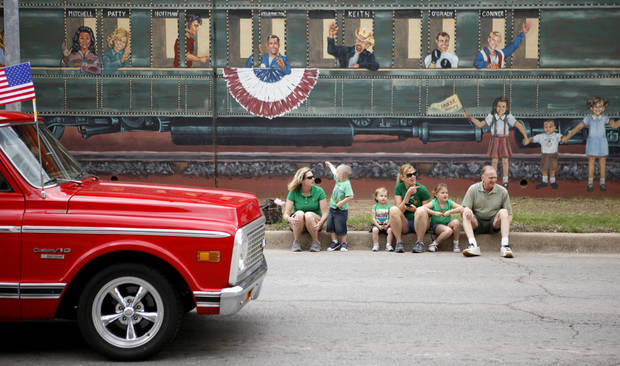 A crowd watches during the annual St. Patrick's Day Parade in downtown Oklahoma City, Saturday, March 17, 2012. Photo by Bryan Terry, The Oklahoman