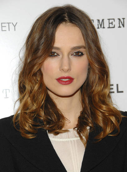 "Actress Keira Knightley attends the ""Atonement"" premiere at the IFC Center, Monday, Dec. 3, 2007 in New York. (AP Photo/Evan Agostini) ORG XMIT: NYEA102"