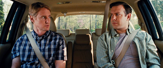 (L-r) OWEN WILSON as Rick and JASON SUDEIKIS as Fred in New Line Cinemas comedy HALL PASS, a Warner Bros. Pictures release.