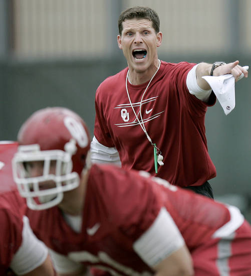 OU / COLLEGE FOOTBALL: Brent Venables coaches the Sooners during the first day of spring practice at the University of Oklahoma in Norman on Monday, March 21, 2011. Photo by John Clanton, The Oklahoman