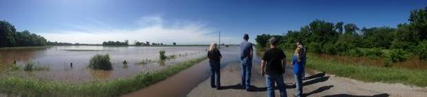 Flooding on Banner Rd just south of Wilshire in El Reno. Photo by Aliki Dyer.