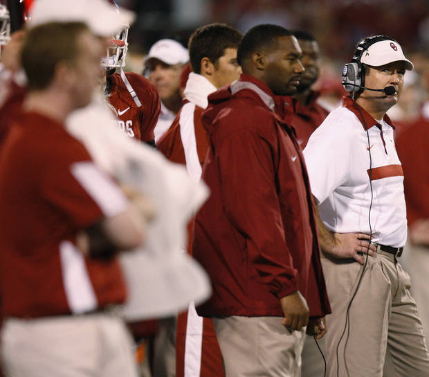 Oklahoma coach Bob Stoops looks towards the scoreboard during the college football game between the University of Oklahoma Sooners (OU) and the Texas Tech University Red Raiders (TTU) at Gaylord Family-Oklahoma Memorial Stadium in Norman, Okla., Saturday, Oct. 22, 2011. Photo by Bryan Terry, The Oklahoman
