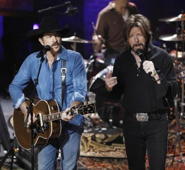 Brooks & Dunn (AP file photo)