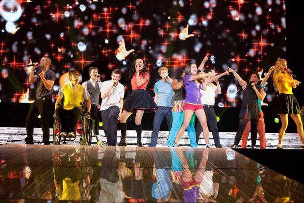 Glee clubbers on stage