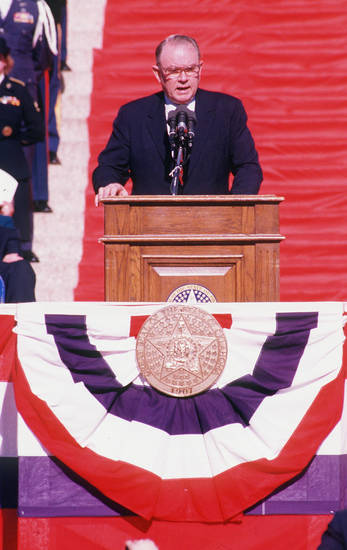 Bellmon addresses the crowd at the Capitol on Jan. 13,  1987, after being sworn in as governor for his second term.   <strong>GEORGE R. WILSON 1987 - OKLAHOMAN ARCHIVE PHOTO</strong>
