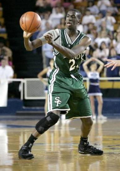 Ekpe Udoh (back in his Santa Fe days). Udoh was selected sixth by Golden State in the NBA Draft. Photo by Doug Hoke, The Oklahoman