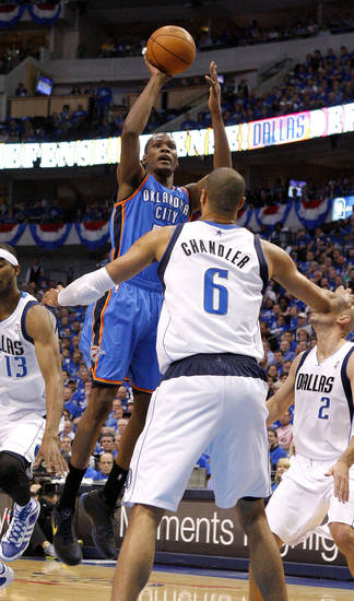 Oklahoma City's Kevin Durant (35) shoots the ball in front of Tyson Chandler (6) of Dallas during game 1 of the Western Conference Finals in the NBA basketball playoffs between the Dallas Mavericks and the Oklahoma City Thunder at American Airlines Center in Dallas, Tuesday, May 17, 2011. Photo by Bryan Terry, The Oklahoman
