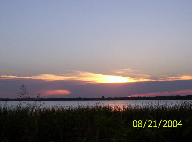 Sunset at Lake Overholser<br/><b>Community Photo By:</b> Teresa Chapman<br/><b>Submitted By:</b> Teresa, Bethany