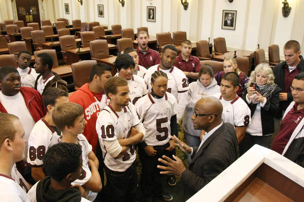 Capitol Hill High School football players tour the state Capitol in Oklahoma City. Former Oklahoma running back Joe Washington speaks to members of the Capitol Hill football team on Thursday, Oct. 27, 2011, at the state capitol in Oklahoma City. PHOTO PROVIDED
