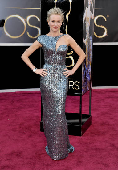 Naomi Watts in Armani Prive arrives at the Oscars at the Dolby Theatre on Sunday Feb. 24, 2013, in Los Angeles. (Photo by John Shearer/Invision/AP) <strong>John Shearer</strong>