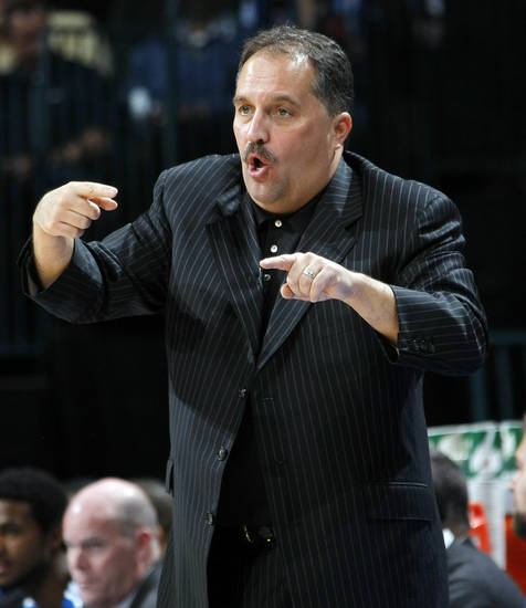 Orlando head coach Stan Van Gundy gives instructions to his team during the NBA basketball game between the Orlando Magic and Oklahoma City Thunder in Oklahoma City, Thursday, January 13, 2011. Photo by Nate Billings, The Oklahoman