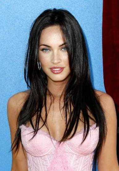 In this June 1, 2008 file photo, actress Megan Fox arrives at the MTV Movie Awards in Los Angeles. (AP Photo/Matt Sayles, file)