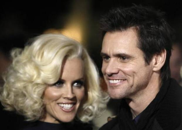 Jenny McCarthy and Jim Carrey (AP photo)