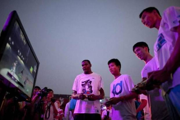 From video games to flag football, Kevin Durant let fans from all over the world get an up close and personal look at him throughout 2011.