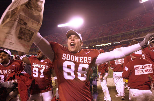Former OU tight end Trent Smith celebrates after Oklahoma won the 2000 Big 12 championship game over Kansas State. OKLAHOMAN ARCHIVE PHOTO