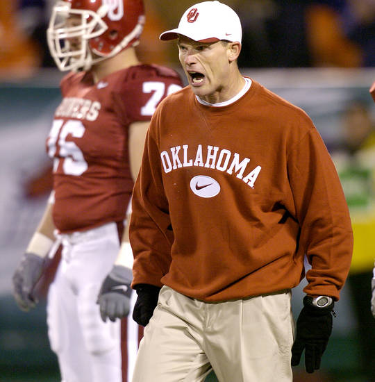 UNIVERSITY OF OKLAHOMA VS KANSAS STATE UNIVERSITY BIG 12 CHAMPIONSHIP COLLEGE FOOTBALL AT ARROWHEAD  STADIUM IN KANSAS CITY, MISSOURI, DECEMBER 6, 2003.   OU Sooner co-defensive coordinator Brent Venables before the Big 12 Championship game against KSU.  Staff photo by Ty Russell