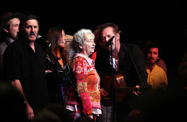 "Jimmy LaFave, Nora Guthrie and John Mellancamp join all the peformers of the Woody Guthrie Centennial Concert in ""This Land is Your Land"" at the Brady Theater Saturday March 10, 2012.  (AP Photo/Christopher Smith, Tulsa World) ORG XMIT: OKTUL110"