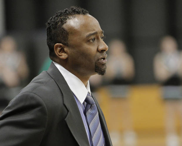 Northeast girls basketball coach Londaryl Perry during the Class 2A state tournament. PHOTO BY DOUG HOKE, THE OKLAHOMAN