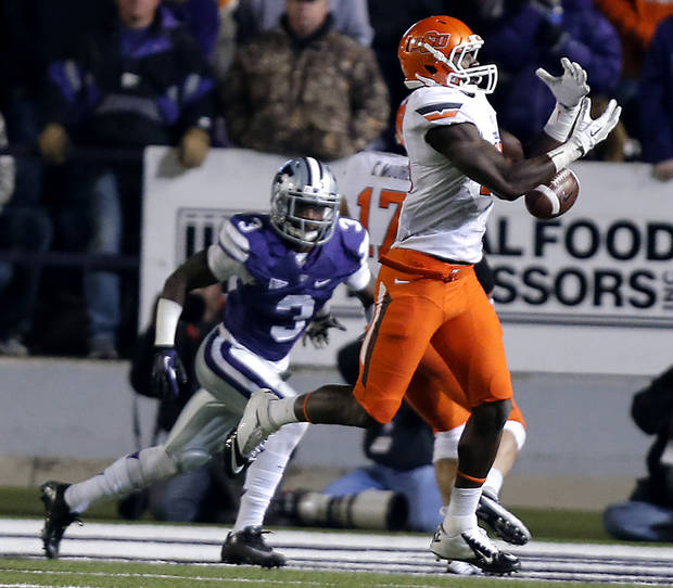 Oklahoma State's Blake Jackson (18) drops a pass during the college football game between the Oklahoma State University Cowboys (OSU) and the Kansas State University Wildcats (KSU) at Bill Snyder Family Football Stadium on Saturday, Nov. 1, 2012, in Manhattan, Kan. Photo by Chris Landsberger, The Oklahoman