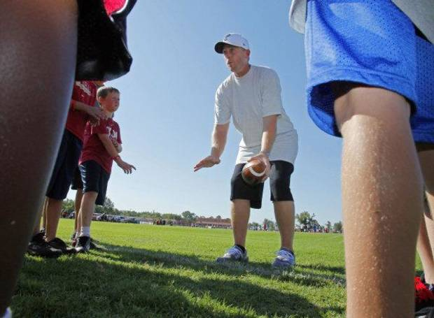 Jason White gives pointers at Adrian Peterson Football Camp on Thursday, June 23, 2011, in Norman, Okla. Photo by Steve Sisney, The Oklahoman <strong>STEVE SISNEY</strong>