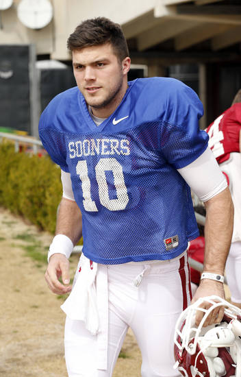 COLLEGE FOOTBALL: Quarterback Blake Bell prepares for practice for Sooner spring football drills at University of Oklahoma (OU) on Tuesday, March 12, 2013 in Norman, Okla.  Photo by Steve Sisney, The Oklahoman
