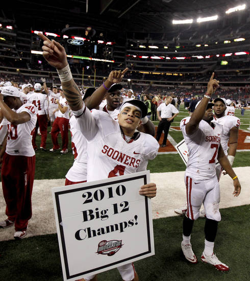 OU's Kenny Stills celebrates during the Big 12 football championship game between the University of Oklahoma Sooners (OU) and the University of Nebraska Cornhuskers (NU) at Cowboys Stadium on Saturday, Dec. 4, 2010, in Arlington, Texas.  Photo by Bryan Terry, The Oklahoman
