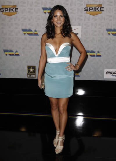 Olivia Munn arrives at Spike TV's Video Game Awards on Saturday, Dec. 11, 2010, in Los Angeles. (AP Photo/Matt Sayles)