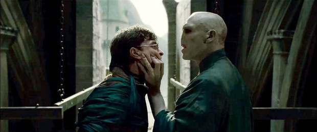 "(L-r) DANIEL RADCLIFFE as Harry Potter and RALPH FIENNES as Lord Voldemort in Warner Bros. Pictures' fantasy adventure ""HARRY POTTER AND THE DEATHLY HALLOWS – PART 2,"" a Warner Bros. Pictures release."