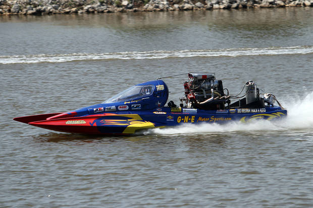 Greg Lempar races down the course during the Oklahoma City Nationals Drag Boat races on the Oklahoma River Saturday, June 9th, 2012. PHOTO BY HUGH SCOTT, FOR THE OKLAHOMAN   ORG XMIT: KOD