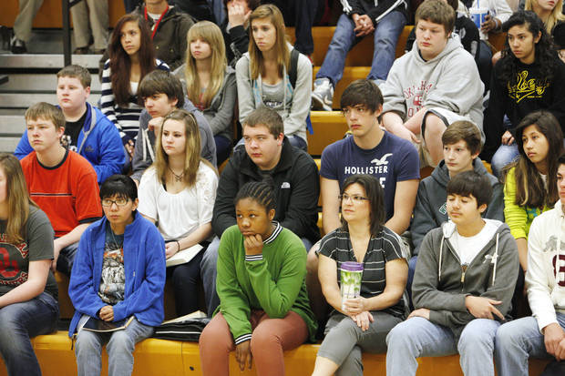 boldStudents listen to Cassandra Oakes, who visited Western Oaks Middle School in Bethany to provide a motivational message before standardized tests are given.