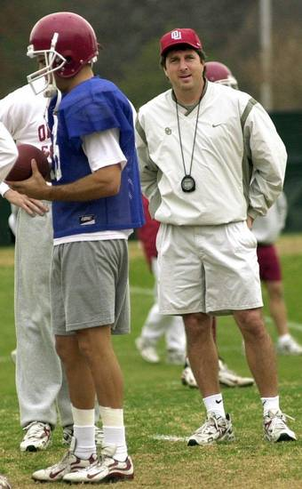 Mike Leach, shown here when he was Oklahoma's offensive coordinator in 1999, begins his tenure as Washington State's head coach tonight. OKLAHOMAN ARCHIVE PHOTO