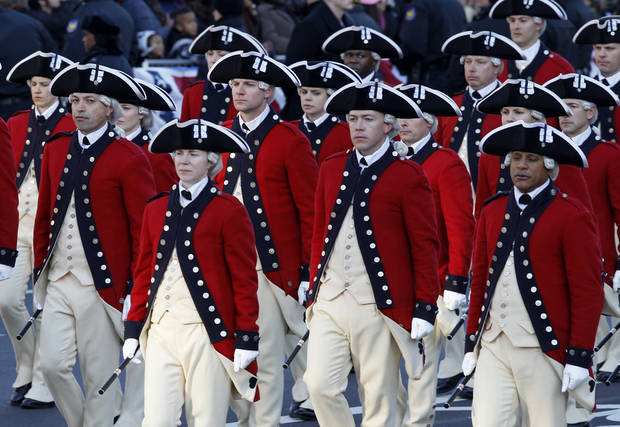 The Army's Old Guard Fife and Drum Corps march in President Barack Obama's inaugural parade in Washington, Monday,Jan. 21, 2013, following the president's ceremonial swearing-in ceremony during the 57th Presidential Inauguration.  ( AP Photo/Jose Luis Magana) ORG XMIT: DCJL124