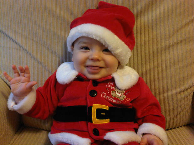 Baby\'s 1st Christmas Photo
