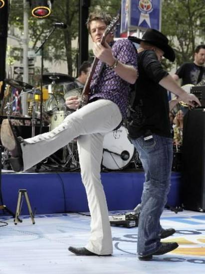 Joe Don Rooney of Rascal Flatts (AP file)