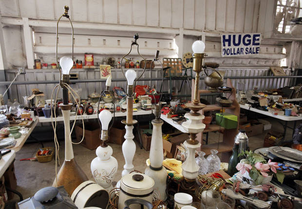 Vintage items are displayed in a booth at Col. Dick�s Flea Market.