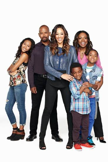 Pictured: Gabby (Sydney Park), Charlie (Michael Boatman), Stephanie (Tia Mowry-Hardrict), Aaron (Damarr Calhoun), Maggie (Sheryl Lee Ralph), and James (Tylen Williams) Photo: Colette De Barros/ Nickelodeon. ©2013 Viacom, International, Inc. All Rights Reserved