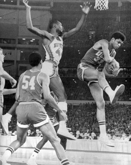 UCLA�s Lew Alcindor, right, grabs a rebound in front of Houston�s Elvin Hayes during a game in Houston�s Astrodome. AP photo